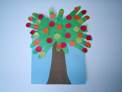 Johnny-Appleseed-Handprint-Apple-Tree-Craft-For-Kids