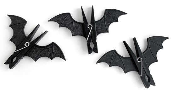 Bat-peg-clip-3