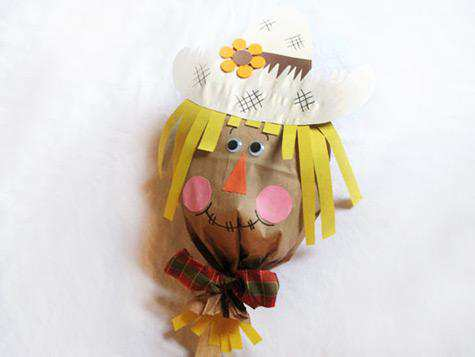 paper-bag-scarecrow-craft-photo-475x357-kbz-0_476x357